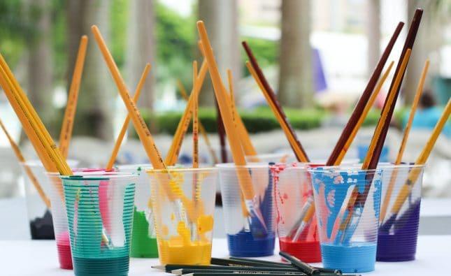 Comment disposer les couleurs de peinture dans une pièce ?